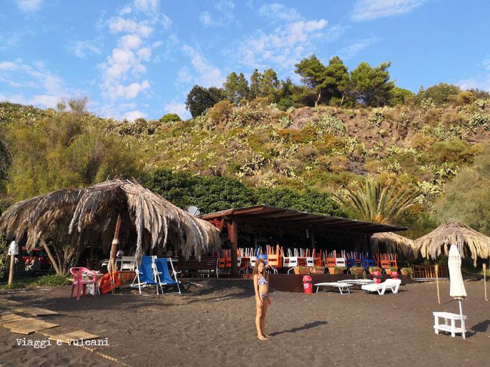 asino beach spiaggia dell'asino vulcano