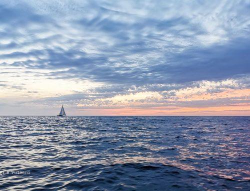 Eolie in catamarano: tra mare e vulcani con Destinazione Umana
