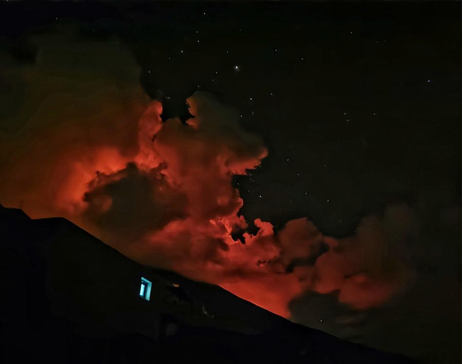 stromboli eruzione notturna